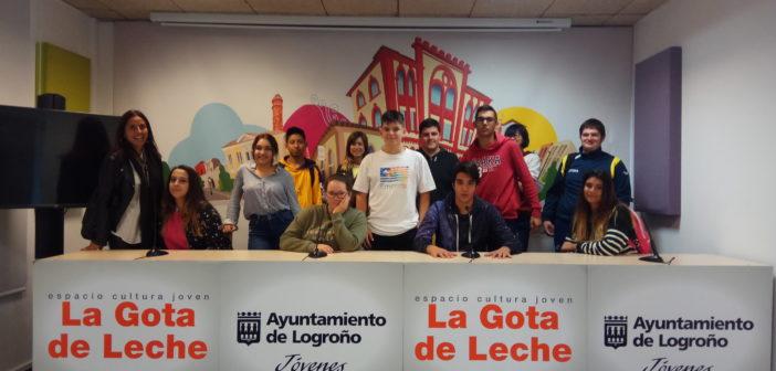 Visita a La Gota de Leche de los alumnos de FPB de Servicios Administrativos