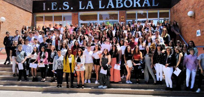Acto de entrega de orlas a los alumnos de 4º de ESO